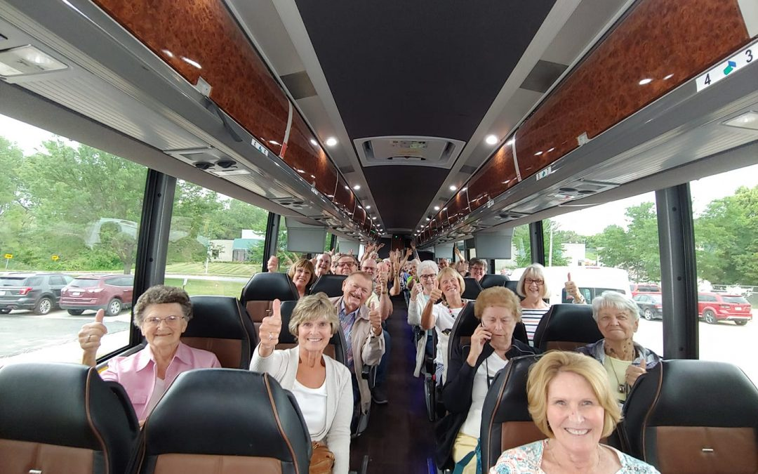6 Ways to Get the Most Out of Your Motorcoach Journey