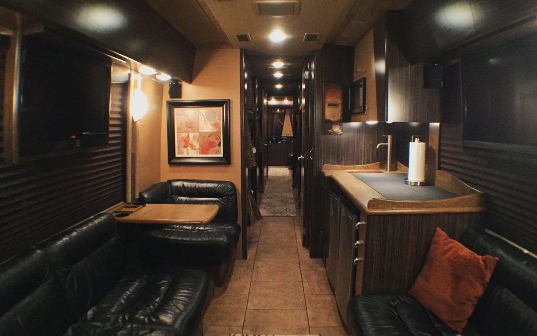 Vader Tour Bus Grows Arrow Entertainer Fleet